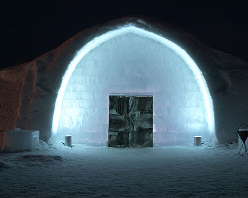 The famous Ice Hotel entrance