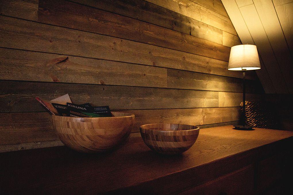 Lapland Sleddog Adventures guest lodge - lounge side board